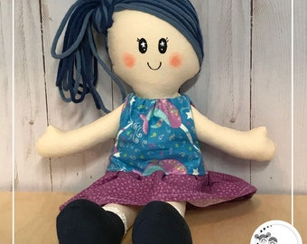 Béa et les narvals magiques belle poupée de chiffon Étincelles et moi fait à la main au Québec avec beaucoup d'amour