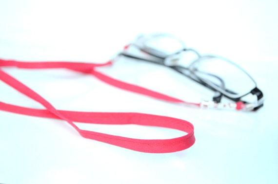 159d7a60291fcc Cordons de lunettes rouges longe de dentelle rouge tissu   Etsy