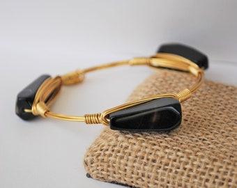 Black onyx gemstone bangle, black onyx beads, onyx jewelry, black bangle, black jewelry, gothic style, onyx gemstone beads, wire jewelry