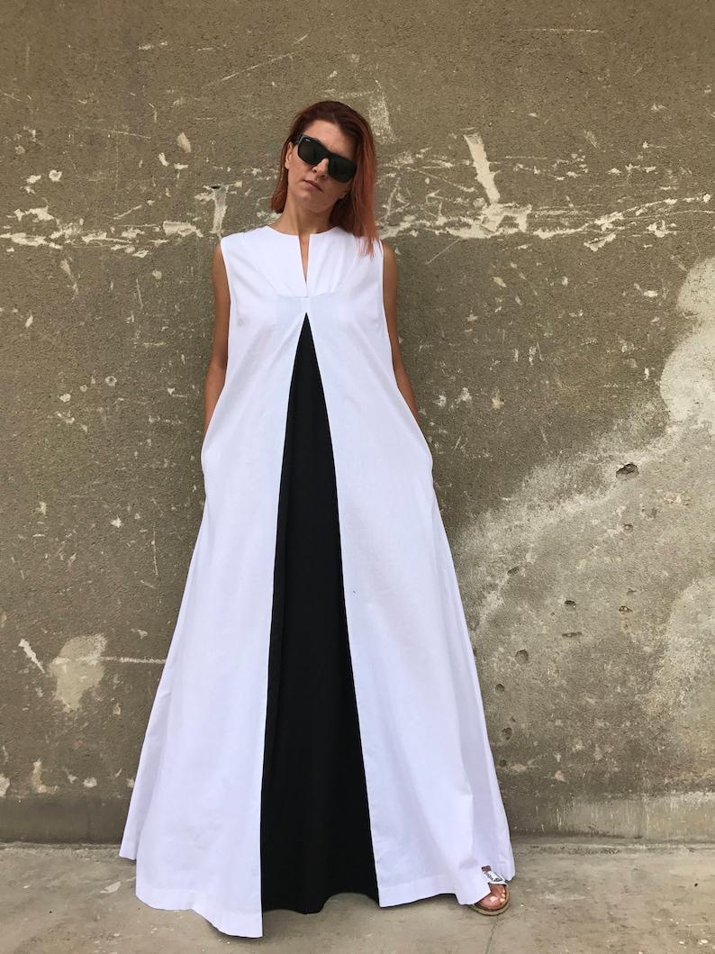 White Linen Dress, Plus Size Linen Dress, Linen Dress, White Kaftan, Avant  Garde Linen, Plus Size Dress, Casual Dress, Black And White Dress
