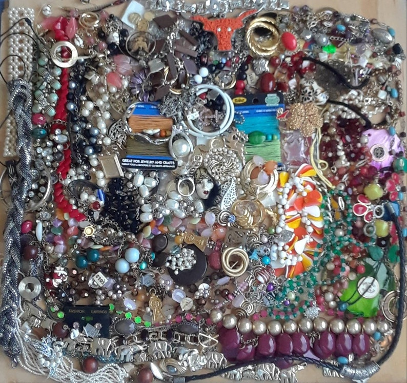 Huge Destash Craft Jewelry Making Parts Pieces Beads Rhinestones Brooches Chain Bracelets Pendants Charms Necklaces Earrings Cord Lot 20g