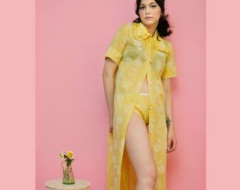 0405b882c22e87 vintage 1960s  Movie Star  yellow gingham floral peignoir panty set