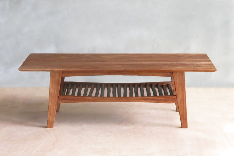 Mid Century Modern Furniture Table basse en acajou danois   Etsy