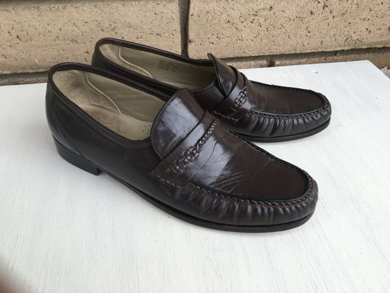 5b9e9db3d16 Vintage Men s Leather Loafer Shoes Brown Slip On Shoes by