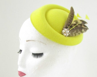 Yellow Silver Brown Feather Pillbox Hat Fascinator Headpiece Races Vintage 27