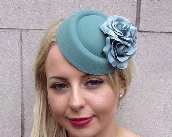 Teal Turquoise Green Rose Flower Pillbox Hat Fascinator Headpiece Races Vtg 4060
