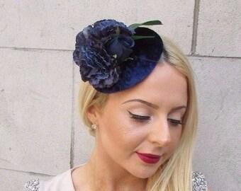 Velluto blu navy fiore Fascinator cappello Vintage gare Ascot floreale  capelli Clip 2493 6e8e76faec28