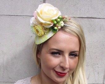 Yellow Cream White Rose Berry Flower Fascinator Teardrop Races Headband Vtg  3249 7904ccadcc4e