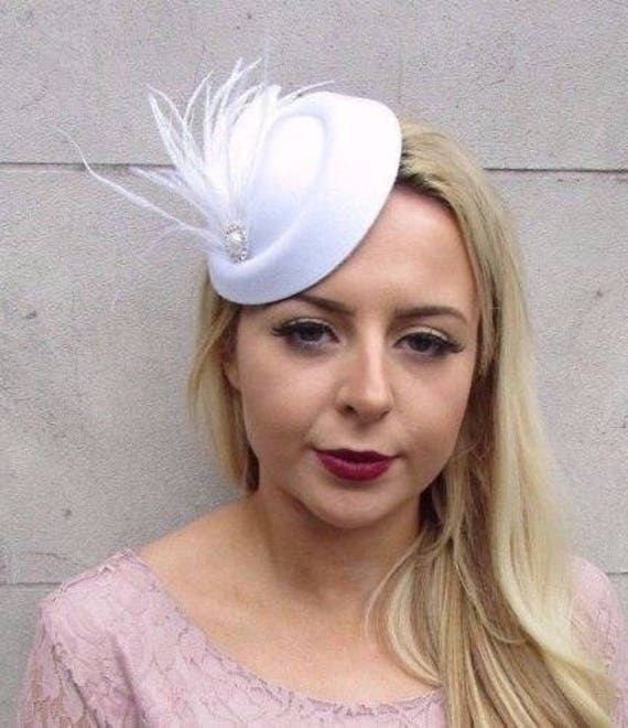 White Silver Feather Pillbox Hat Hair Fascinator Races Clip  7615678cf17e