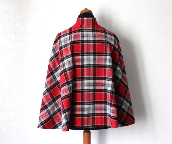 Vintage Draped Plaid Gray Black Red Cape Drape St… - image 3