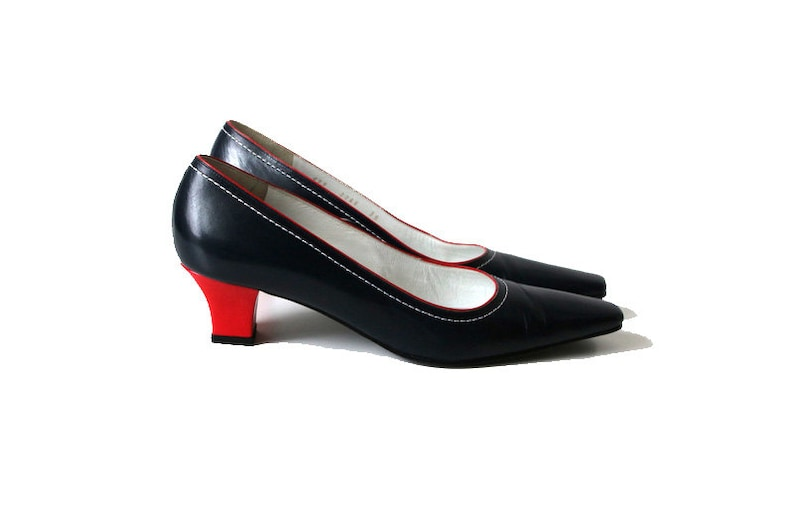 aa91c71efd4 SANDRO VICARI Navy Blue Red Leather Shoes Kitten Heels Made in Italy