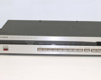 Luxman Digital Synthesizer AM/FM Stereo tuner T-230