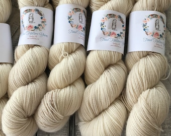 Hand Dyed Yarn,NJ Beaches Yarn,Sandy Speckled Yarn,Fingering Weight,80/20 Superwash/Nylon blend,100 grams,indie dyed yarn,Toad Hollow Yarn