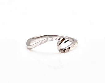 Diamond Cut Wave Ring    925 Sterling Silver with Rhodium Plating    Etched  Wave Ring    Silver Wave Ring    Thin Band Wave Ring e7d2c30afb4