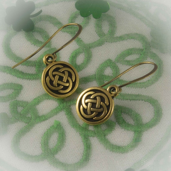 Celtic Jewelry Collection - Irish knot Earrings Celtic symbol of Everlasting life and love