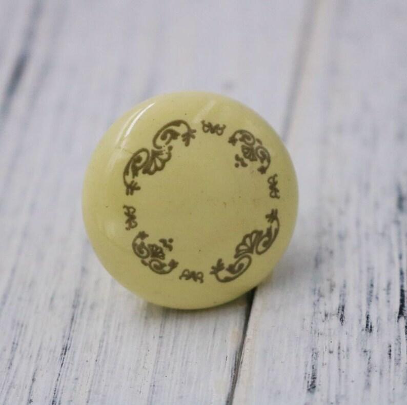 European Circular Ceramic Knob Door Knob Drawer Knob Dresser Knob