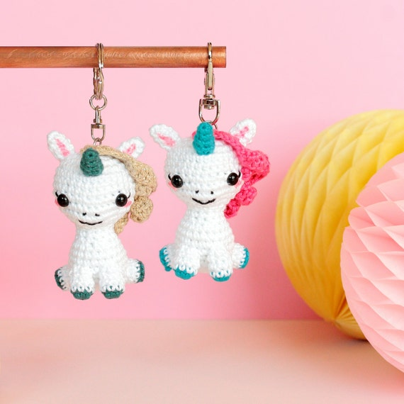 Sheep keychain – free crochet pattern - Amigurumi Today | 570x570
