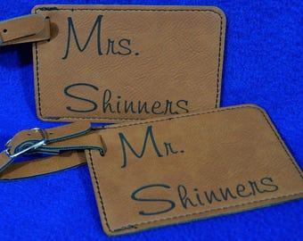 Gift For Couple ~ Mr and Mrs Gift ~ Luggage Tag ~ Leather Tag ~ Bride And Groom Tag ~ Wedding Gift ~ Bridal Shower Gift ~ Mr And Mrs ~ Gift