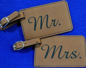 Wedding Gift ~ Mr and Mrs Gift ~ Luggage Tag ~ Leather Tag ~ Bride And Groom Tag ~ Travel Gift ~ Anniversary Gifts ~ Bridal Shower Gifts ~