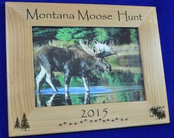 Hunting ~ Moose Hunting ~ Hunting Frame ~ Hunting Gift ~ Gift For Hunter ~ Hunting Picture Frame ~ Moose Hunter Gift ~ Gift For Hunting ~