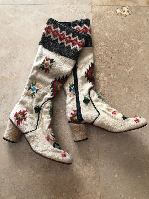Vintage 60s Gogo Boots Tapestry Kilm Boho Hippie P