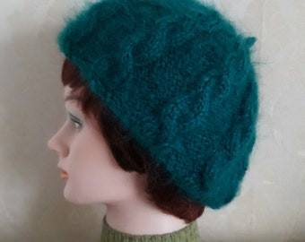 655cee37afbf0 Emerald green beret-British mohair yarn cable knit beret-Elegant fuzzy  trendy beret-Super soft fluffy mohair beret-Warm mohair accessories