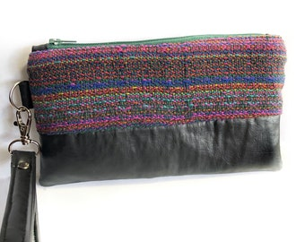 Handwoven purse, colorful wristlet, wristlet purse, boho chic purse, unique birthday gift, perfect Mother's Day gift, gift for her, handmade