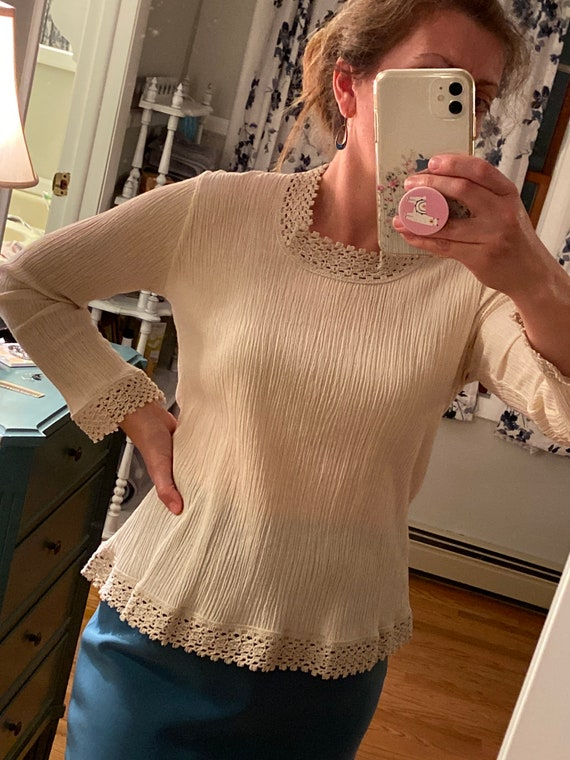 Lovely Blouse Made in Greece - Vintage Cotton Lac… - image 2