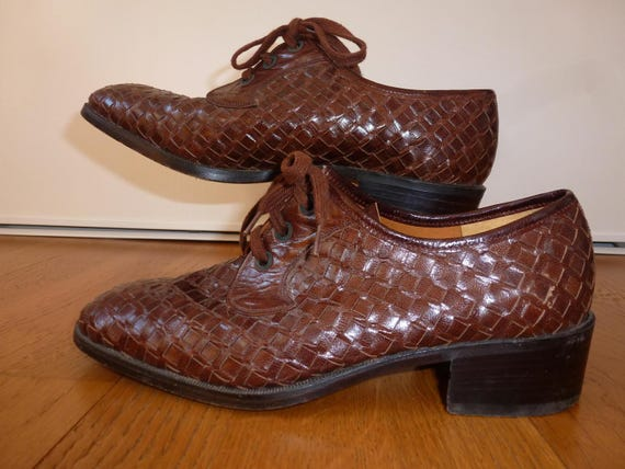 shoe woven leather and sole of crab - image 2