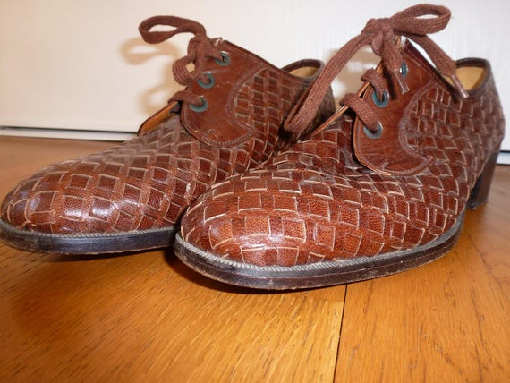 shoe woven leather and sole of crab - image 5