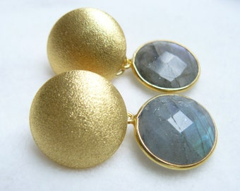 Studs earrings gold Labradorite