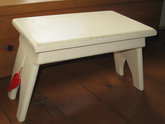 Shabby chic shaker style wooden stool