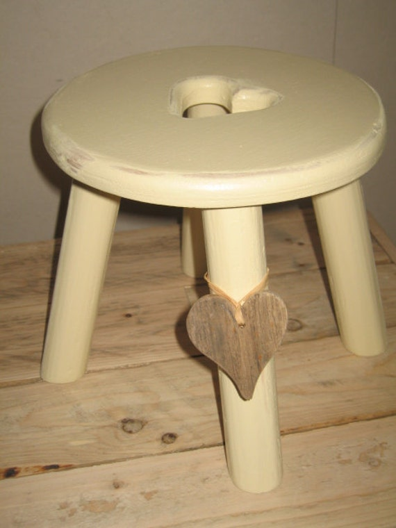 Driftwood heart shabby chic darker cream thick top wooden milking stool