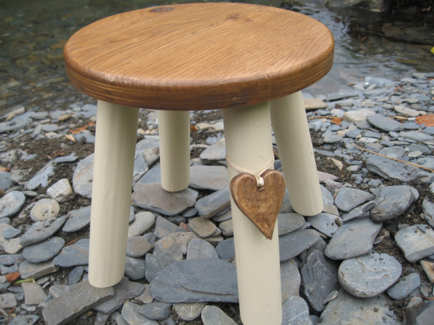 Admirable Oak Topped Wooden Milking Stool Gamerscity Chair Design For Home Gamerscityorg