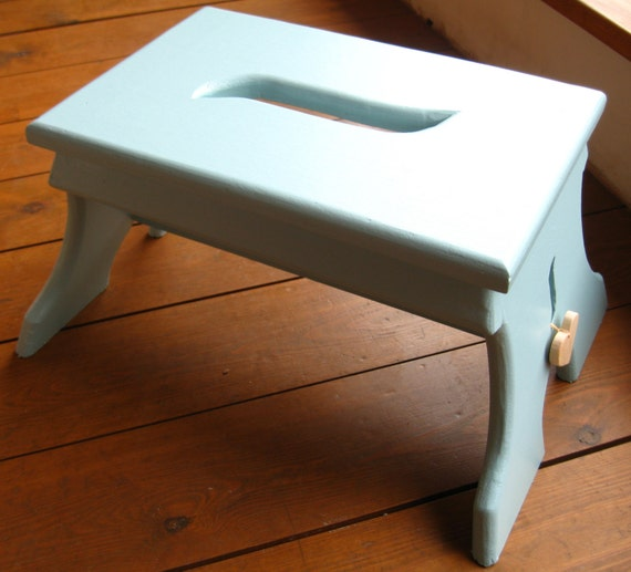 Shaker Style Wooden Step Stool