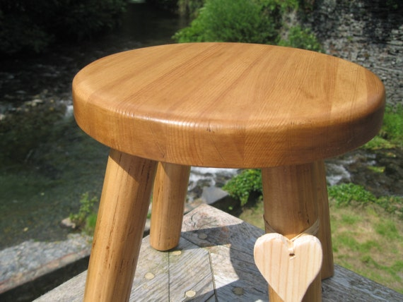 Solid pine thick top wooden milking stool