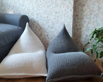 White/grey knitted kids bean bag / Chunky wool floor pillow / Playroom chair