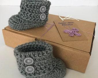 Baby booties. Grey crochet booties. Newborn gift. Baby shower gift.