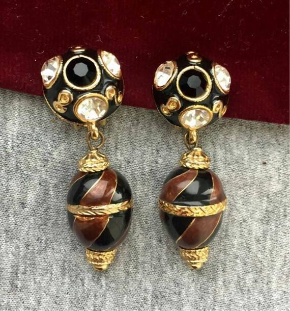 Unique Blanca Egg Earrings Crystal Black Brown ena