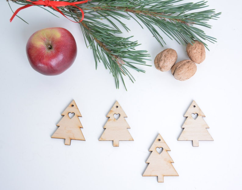 25 CHRISTMAS TREE  BUTTONS  with 2 holes BLANK UNPAINTED PLAIN WOODEN CRAFT