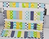 Modern Baby Quilt, Handmade Baby Quilt, Baby Quilt, Baby Gift, Newborn Gift, Baby Shower Gift, Holiday Baby Gift.