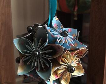 """Handmade """"Frozen Elsa"""" Kusudama Flower Origami Ornament"""