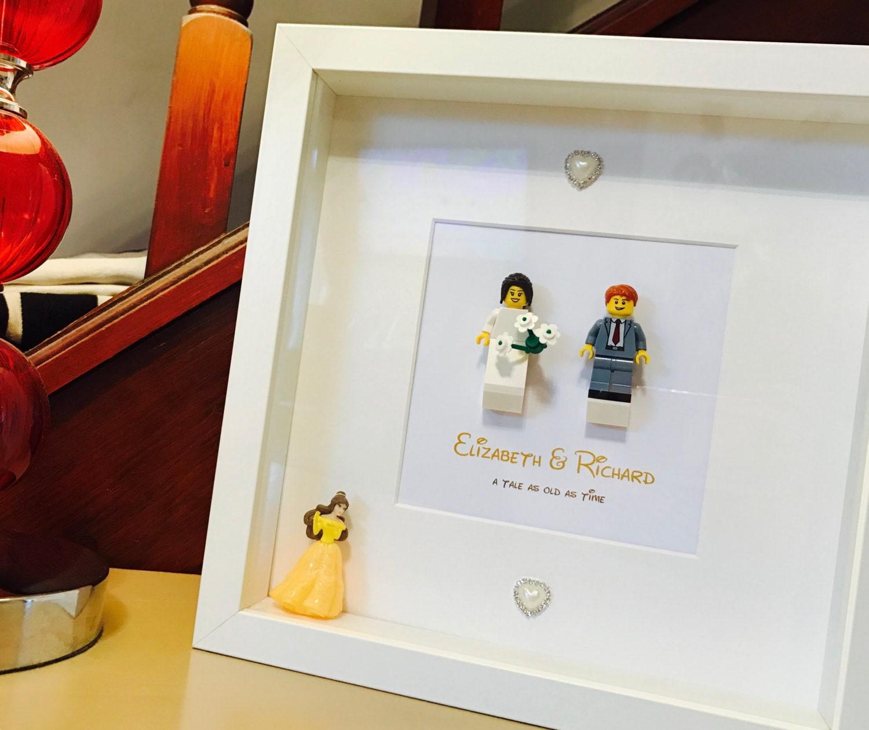 Disney-Hochzeits-Geschenk Lego® Rahmen mit Disney-Figur | Etsy