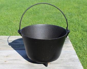 Antique #7 Cast Iron Kettle, Cauldron Bean Pot, Cowboy Peyote Drum 3 Legged