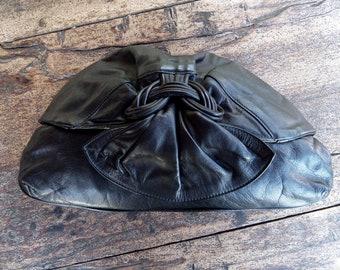 737530bf4038 Vintage 1980s Handbag    Seven Handbags by Dimitri    Retro    Leather     Shoulder bag    Clutch