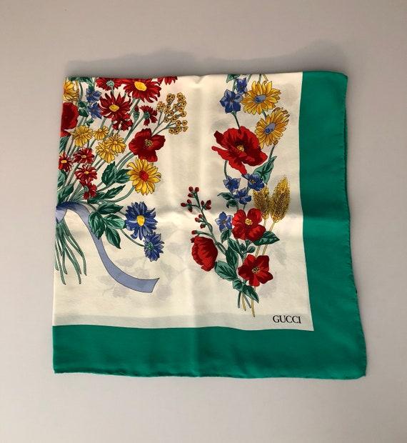 nuovo prodotto 329a0 5fdbe GUCCI - 70/80s Gucci Silk Scarf