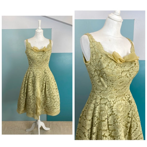 50s Full Skirt Macrame Lace Dress - Size M