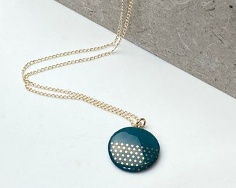 Green porcelain pendant, with gold dots