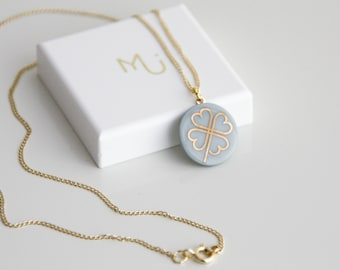 Mint porcelain pendant, with gold leaves
