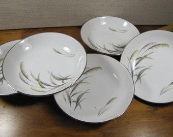 Wentworth China - Eterna Shape - Berry Bowls - Dessert Bowls - Pampas Pattern - Platinum Accent - Set of Five (5)